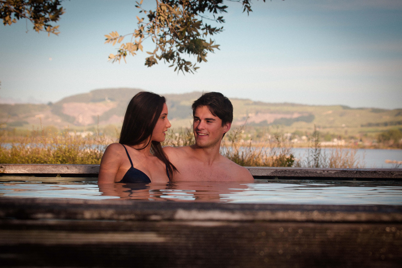 Polynesian Spa - Deluxe Private Pools