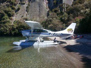 Taupo-Floatplane-Lake-Taupo