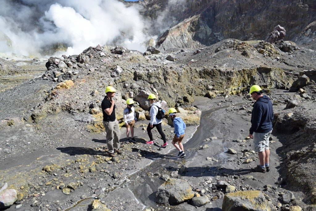 White Island – Volcanic landing and walking tour – Helicopter