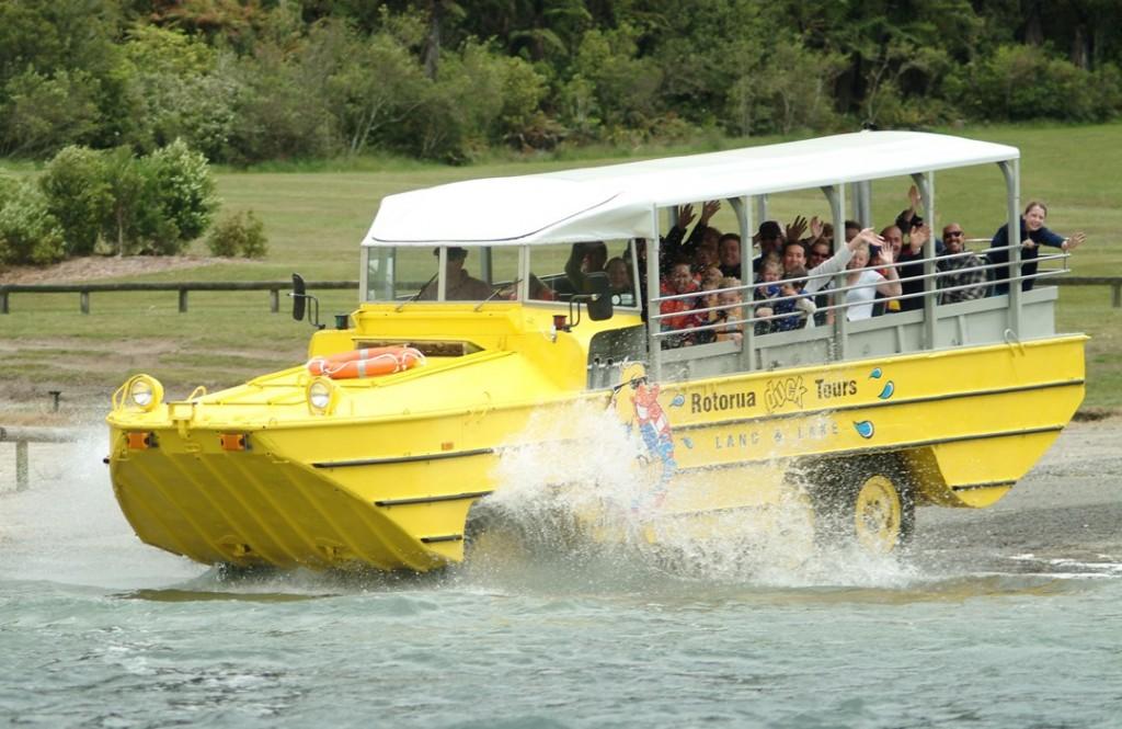 ROTORUA DUCK TOURS – Rotorua City & Lakes Tour