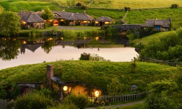 Hobbiton Movie Set - Middle Earth