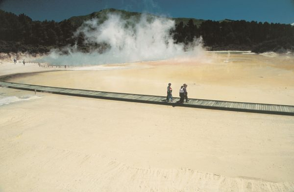 Wai-O-Tapu-Thermal-Valley-Rotorua-Book-Online