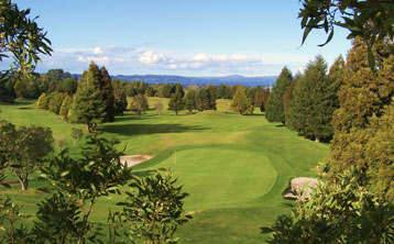 Enjoy a relaxing day at the Lake View Golf & Country Club Club - Book Online Today!