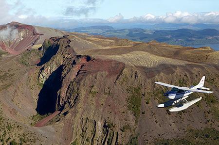 Floatplane-tour-Mt-Tarawera-waimangu-Thermal-Valley